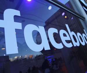 Facebook тікелей эфир үшін ақы төлемек