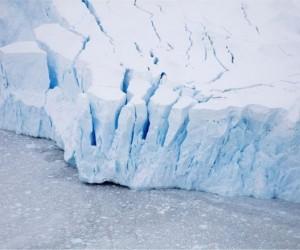 Антарктидадағы мұздың еру тарихы нені көрсетеді?