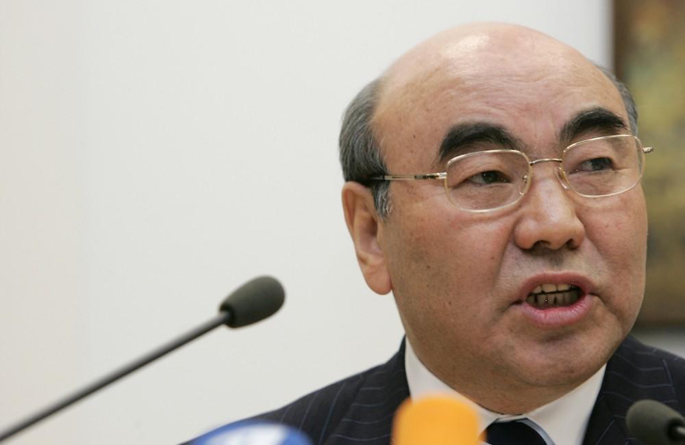 Объявленного в розыск экс-Президента Кыргызстана Аскара Акаева доставили в Бишкек