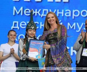 Қазақ қызы «Славян базарының» балалар байқауында екінші орынға ие болды