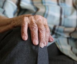 Алматыда 95 жастағы қария 70% зақымдалған  өкпемен коронавирусты жеңіп шықты