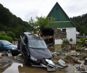 В Германии наводнение унес жизни 80 человек