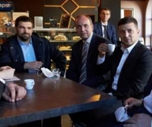 Президент Зеленскийге карантин талаптарын бұзғаны үшін айыппұл салынды