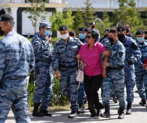 Қазақстанның бірнеше қалаларында митингіге шыққандарды ұстап жатыр