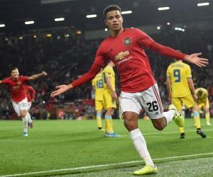 «Манчестер Юнайтед» футболшылары Нұр-Сұлтанға үшінші құраммен келді