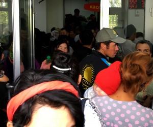 Шымкент:Kaspi Bank бөлімшесіндегі қарбалас (видео)